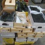lot de 50 paires de chaussures en boites