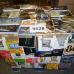palette d'environ 2500 cartes postales