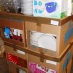 lot de vaisselle assiettes, paniers, égoutoirs, saladiers, ustensiles, etc