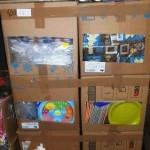 lot de 400 pieces de vaisselles jetables serviettes, gobelets, couverts, assiettes……