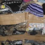palette de 390 pièces de bonnets, gants…